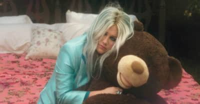"""Kesha Shares The Video For New Song """"Learn To Let Go"""""""