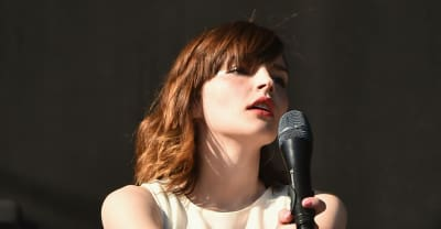 Watch Lauren Mayberry of Chvrches cover Joni Mitchell and Cyndi Lauper