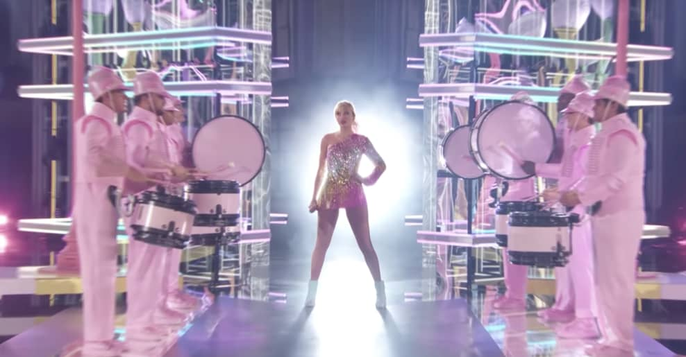 Taylor Swift Accused Of Ripping Off Beyonce S 2018 Coachella Show The Fader