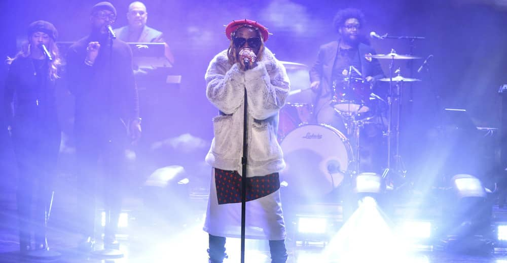 "Watch Lil Wayne play ""Dreams"" on The Tonight Show"