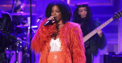 Watch Ari Lennox make her late night debut on The Tonight Show