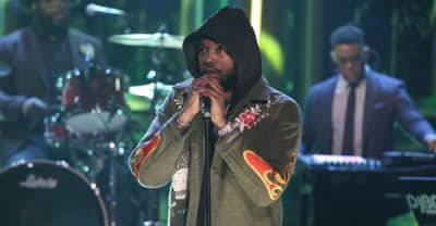 """Watch Meek Mill perform """"Oodles o' Noodles Babies"""" on The Tonight Show"""