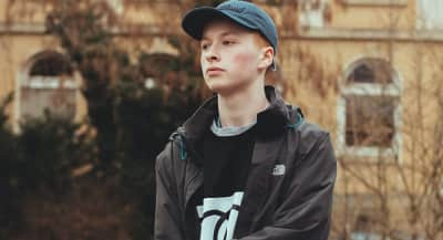 "Scottish Teenager Sam Gellaitry Returns With New Track ""The Gateway"""