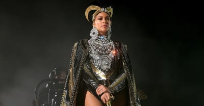 """Beyoncé in rare interview: """"I do love butterflies"""""""