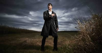"Jeremy Dutcher enlists Casey MQ for ""Pomok Naka Poktoinskwes"" remix"