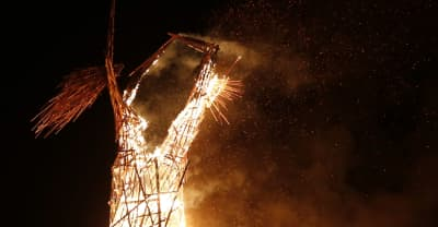 Man Dies After Running Into Burning Man Fire