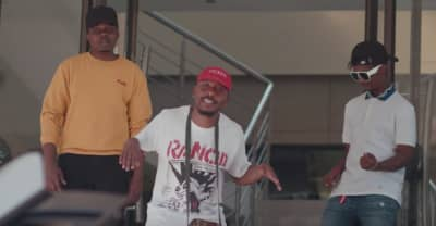 "Emtee shares ""Abantu"" video featuring Snymaan and S'Villa"