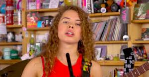 Watch Nilüfer Yanya's poised Tiny Desk Concert