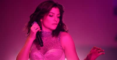 "Lorde claims Kanye West and Kid Cudi ""stole"" her stage design"
