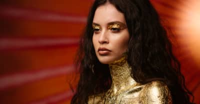 """Sabrina Claudio Meets Her Own Reflection In """"Belong To You"""""""