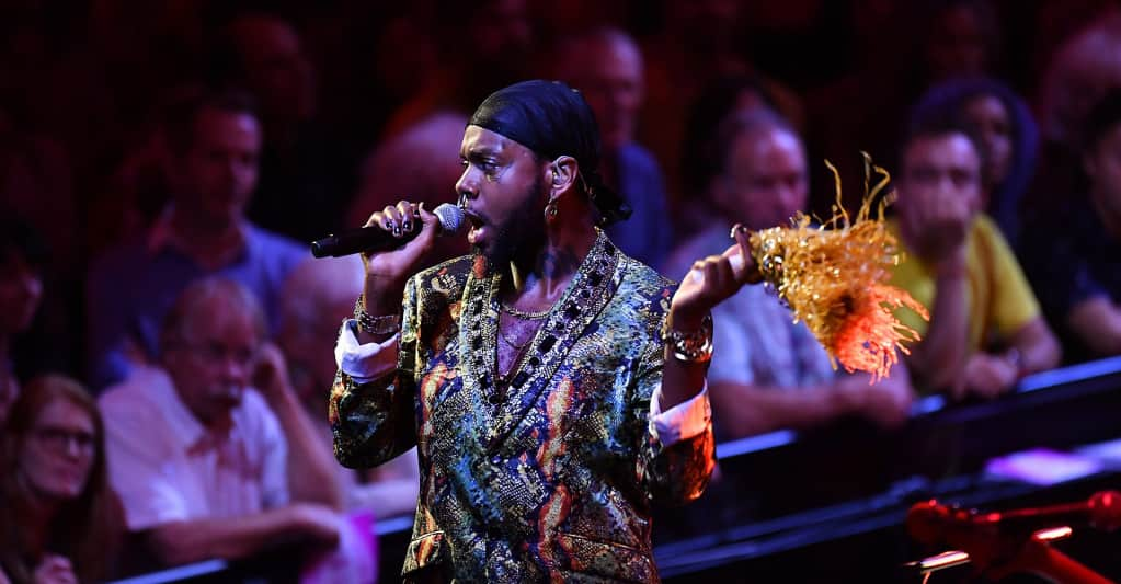 Watch serpentwithfeet perform with a full concert orchestra
