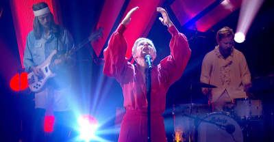 "Robyn returned to the stage to perform ""Missing U"" on Later..."
