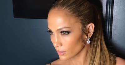 Jennifer Lopez Donates $1 Million To Relief Efforts In Puerto Rico