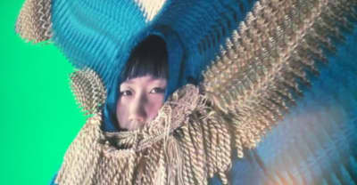 "Watch Korean Artist Greem Jellyfish's Dreamy, Deep Sea Video For ""Shattered"""