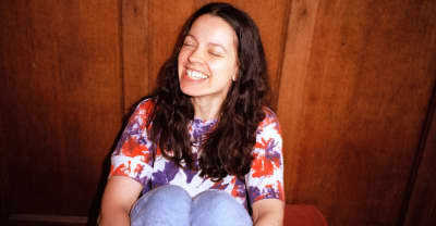 """Tirzah shares new song/video """"Sink In"""""""