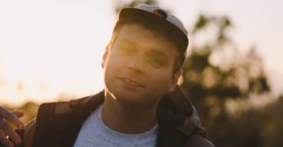 "Mac DeMarco Shares ""One More Love Song,"" Announces Tour Dates And Fan Fiction Contest"