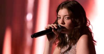 Israeli group sues Lorde op-ed authors