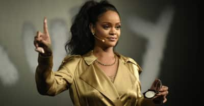 Rihanna reportedly declined Super Bowl halftime performance in support of Colin Kaepernick