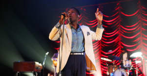 14 Leon Bridges Fans On Why They Love His Soulful Sound