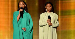 "Watch Chloe x Halle's stunning cover of ""Where Is The Love"" at the 2019 Grammys"