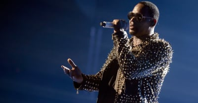 R. Kelly's song streams unaffected by playlist ban
