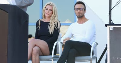 """Britney Spears's manager resigns, says singer plans to """"officially retire"""""""