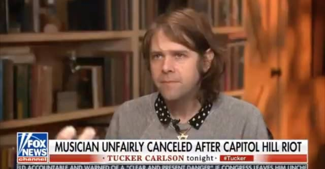 """Ariel Pink goes on Tucker Carlson, says he is """"destitute and on the street"""" 1"""