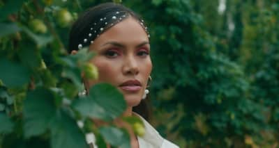 "Sinead Harnett teams up with VanJess and Masego on ""Stickin"""