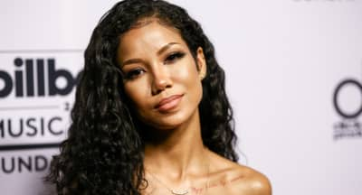 "Jhené Aiko drops the hypnotizing ""P*$$Y Fairy"""
