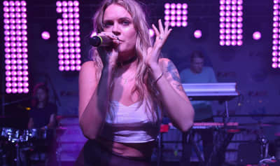 Tove Lo announces upcoming tour in 2020