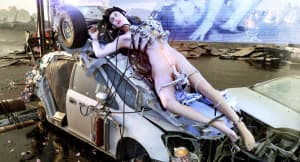 """Arca emerges with 62-minute single """"@@@@@"""""""