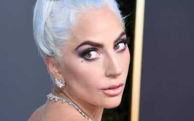 """Lady Gaga apologizes for R. Kelly collaboration """"Do What U Want,"""" will remove from digital sales and streaming"""