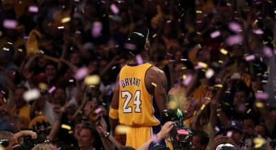 The Grammy Awards will reportedly pay tribute to Kobe Bryant during tonight's ceremony