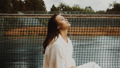 """Watch Aria Ohlsson go on a rainy road trip in """"Drive"""""""