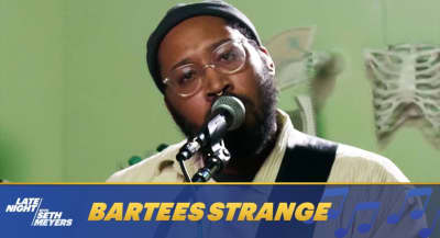 """Watch Bartees Strange perform """"Boomer"""" on Late Night with Seth Meyers"""