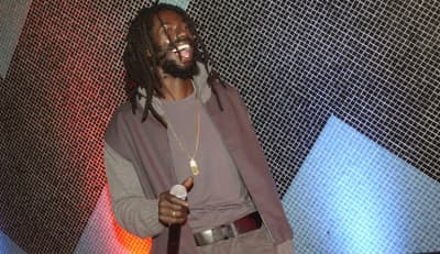 "Buju Banton makes things right in ""Steppa"""