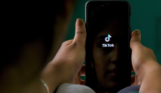 """U.S. Secretary of State Mike Pompeo says government is """"looking at"""" banning TikTok 1"""