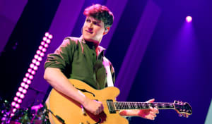 Watch Vampire Weekend cover the Parks and Recreation theme song