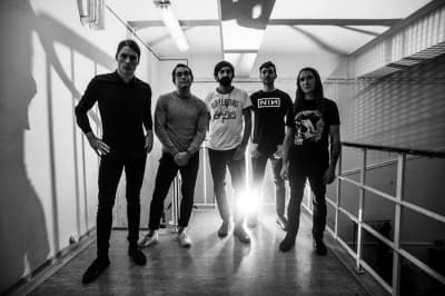 "Deafheaven share new song ""Black Brick"""