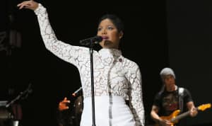 Toni Braxton Returns Home After Being Admitted To Hospital With Lupus Complications