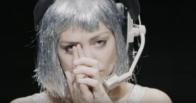 """Angel Olsen Goes Synth-Pop In New Song/Video """"Intern"""""""