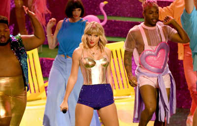 Taylor Swift announces Lover Fest in L.A. and Boston, her only two U.S. concert dates of 2020