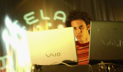 Four Tet shares a new track under unintelligible alias