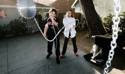 """DAGR teams up with Uffie on """"Fuck Knots"""""""