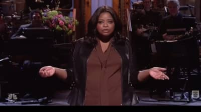 "Watch Octavia Spencer Poke Fun At ""Hidden Fences"" In SNL Monologue"