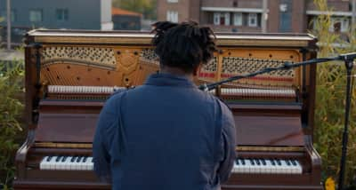 "Watch Sampha Perform His Moving New Song, ""Plastic 100°C"""