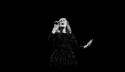 """Adele Announces Two """"The Finale"""" Shows"""