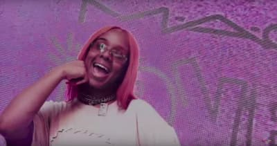 "Hook stays balanced in her ""Riot"" video"