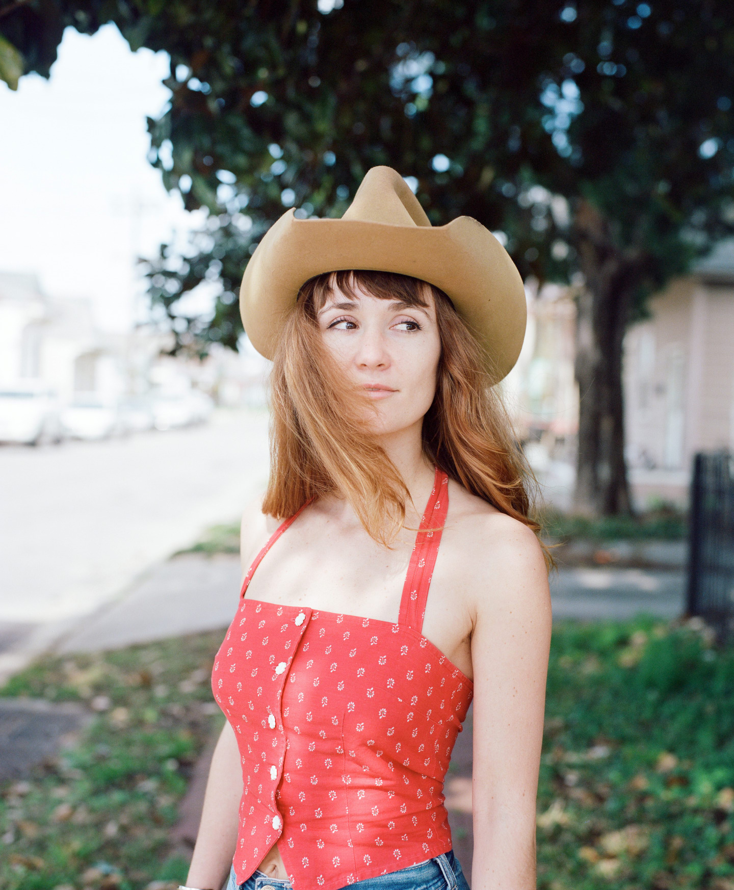 Esther Rose's gorgeous, honest country songs are steeped in tradition