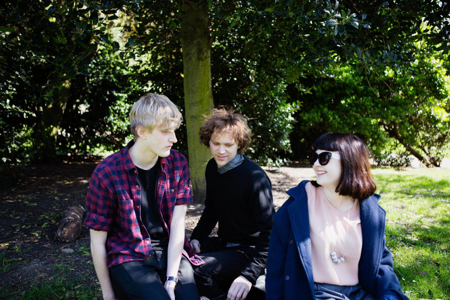 Meet Yumi Zouma, The Summer's Best Band For A Sunny-Day Drive